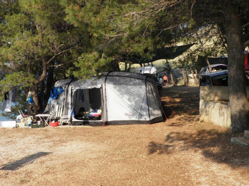 CAMP PRIMOSTEN CAMP BARINICA